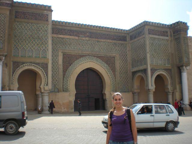 La increible puerta de Bab Al-Mansur en Meknés