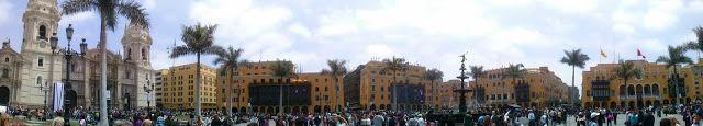 Panorámica de la plaza de Armas de Lima, Perú