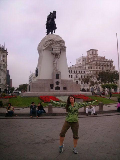 Plaza de san Martín de Lima