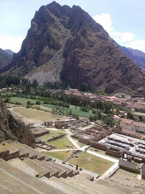 Vistas desde lo alto de la fortaleza de Ollanta