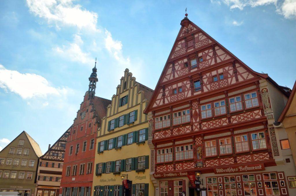 Casas en la Marketplatz de Dinkelsbühl