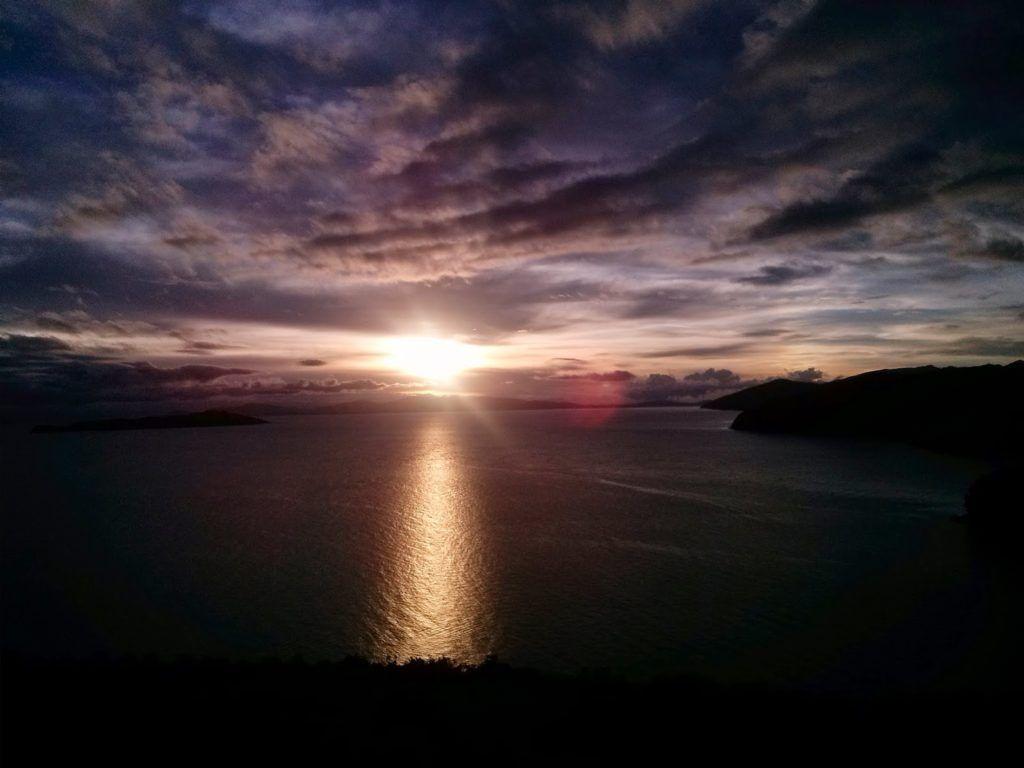 Amanecer en la isla del Sol