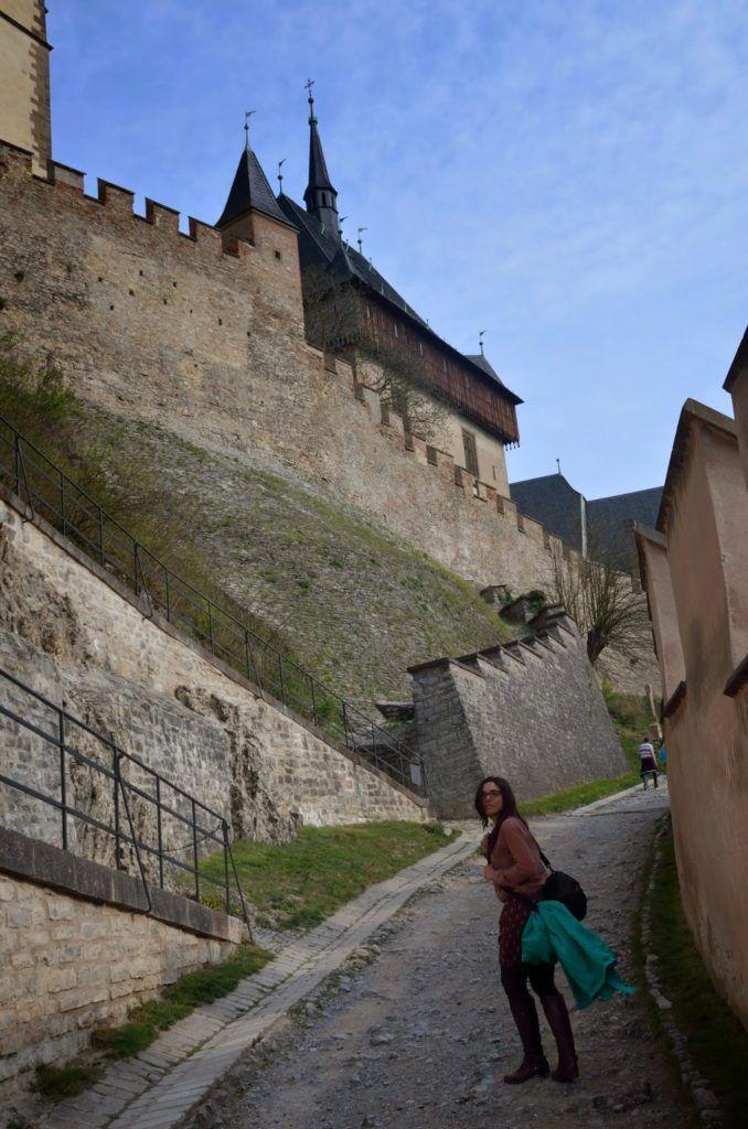 Subiendo al castillo cual plebeya