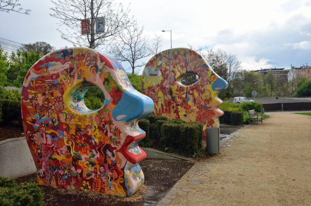 Esculturas modernas del parque de Pilsen