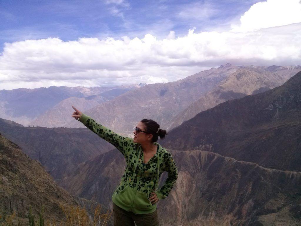 Haciendo que avisto un cóndor en el cañón del Colca