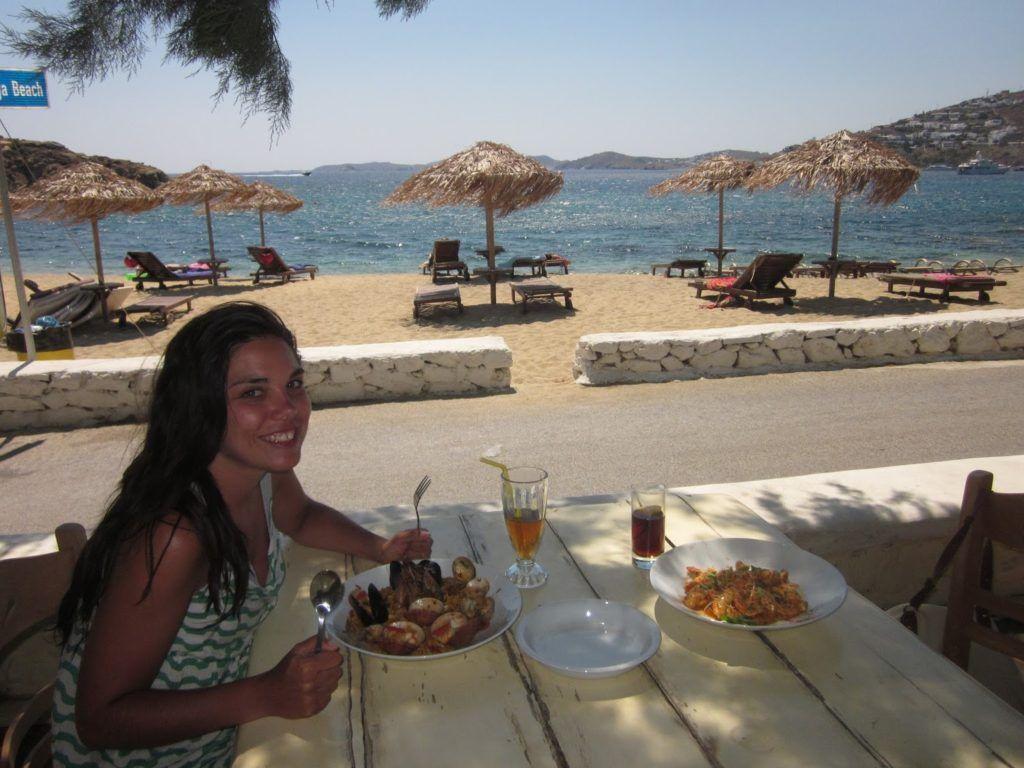 Salivando en playa Agia Anna