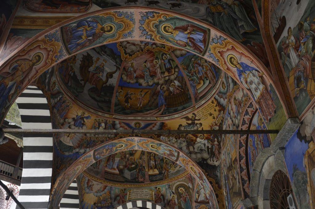 Detalles del techo de la iglesia del monasterio de Rila
