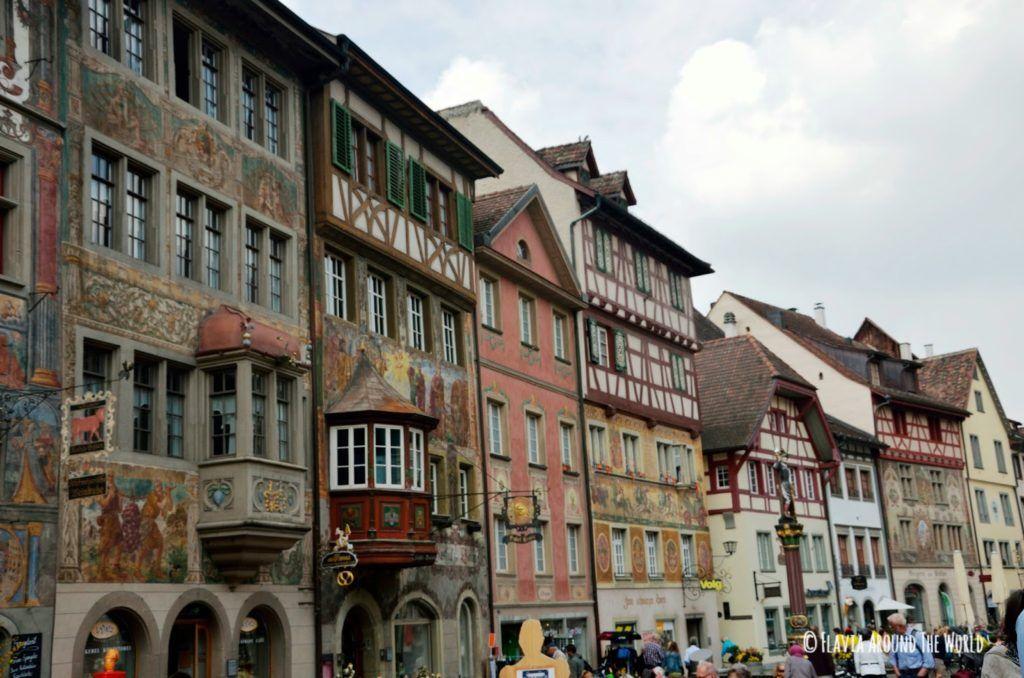 Fachadas de las casas de Stein am Rhein en Suiza