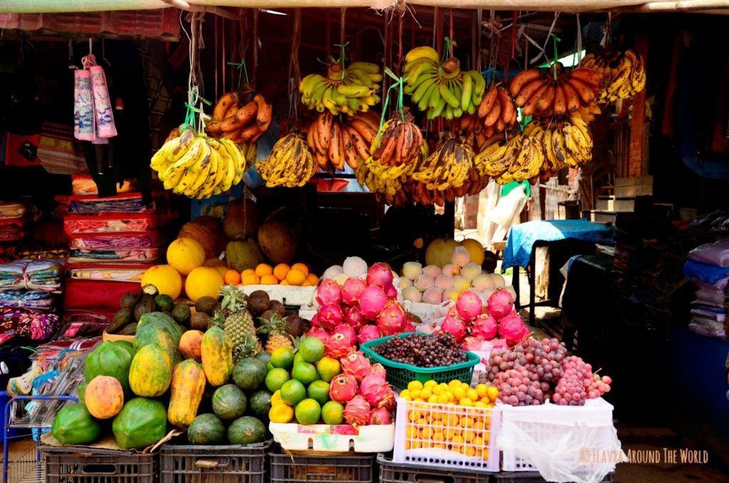Puesto de frutas del mercado de Kalaw, Myanmar