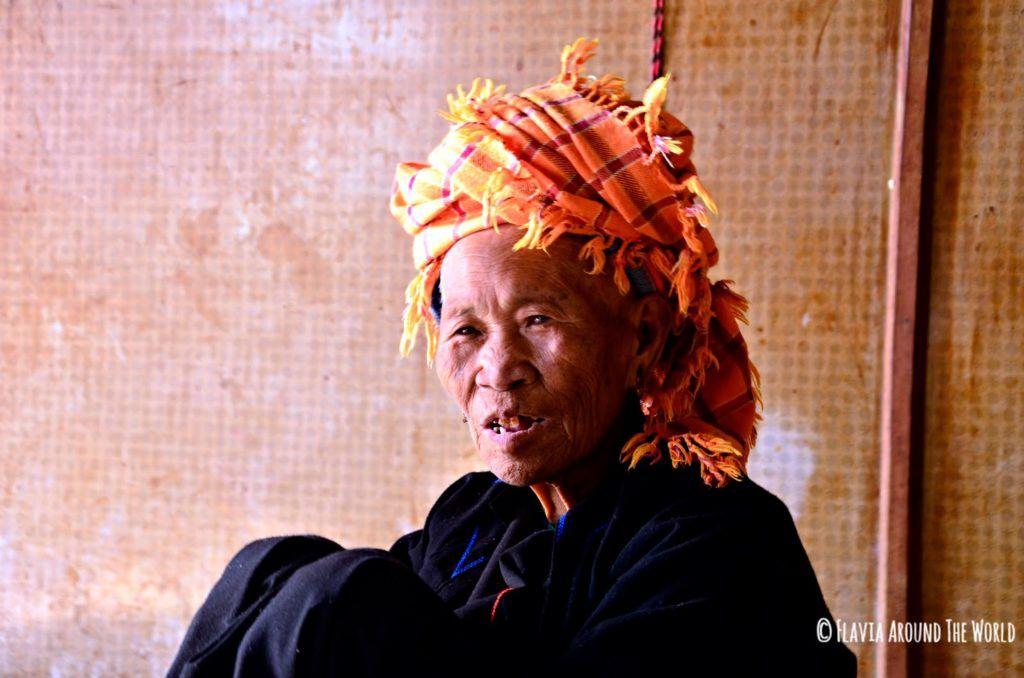 Anciana Paho en Myanmar