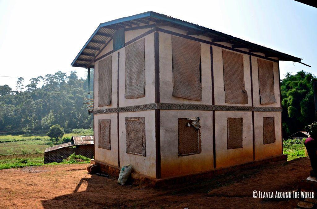 Casa en Na Tha Lae Thee de la tribu Paho en Myanmar