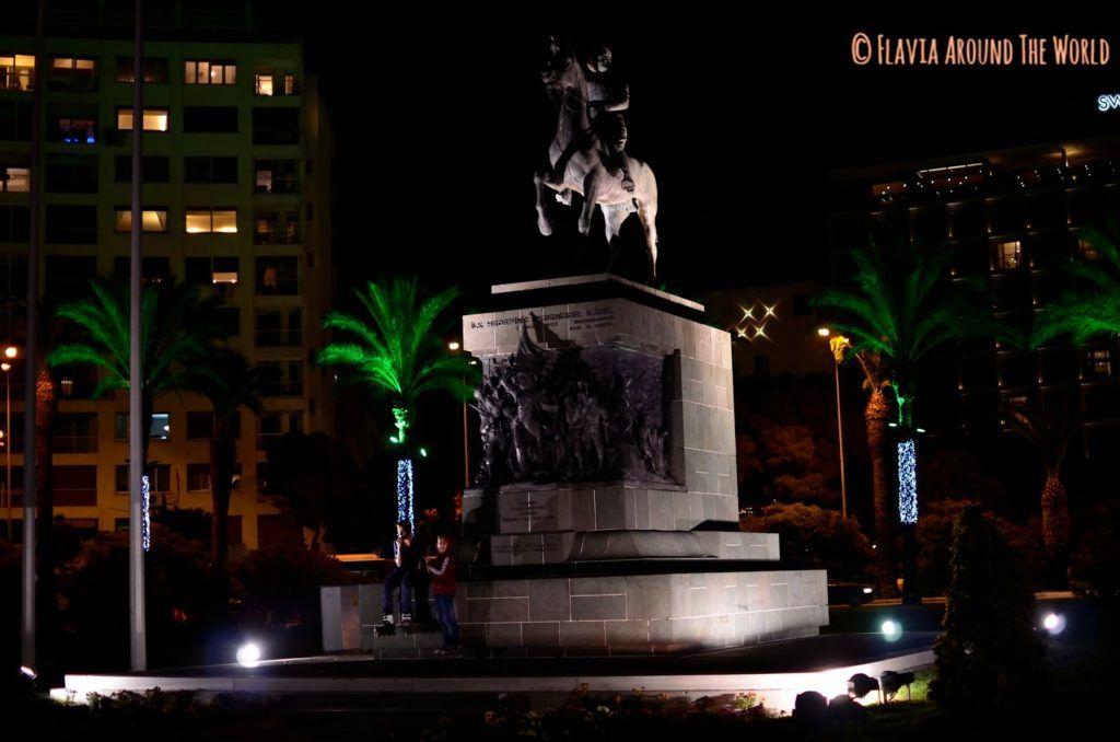 Monumento a la independencia de Izmir