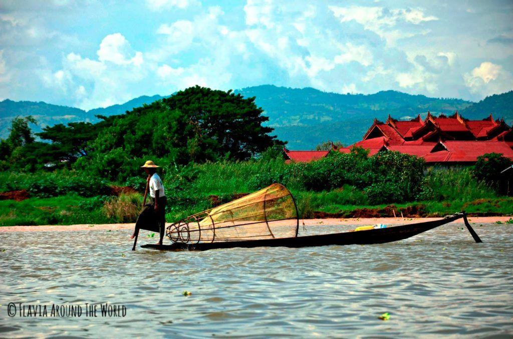 Pescador auténtico del lago Inle