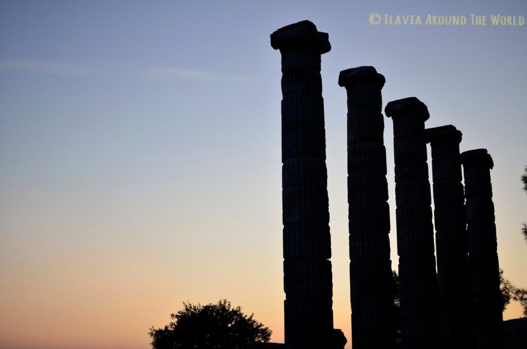 Puesta de sol en el Templo de Artemisa, Priene