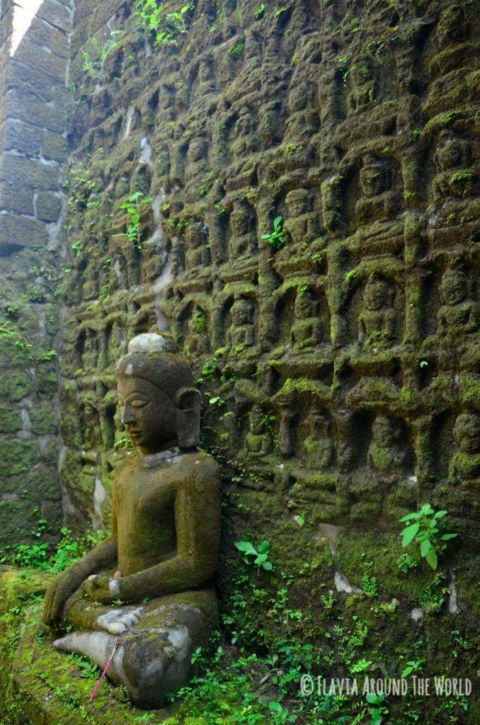 Buda con mini-budas en Koethaung, Mrauk U, Myamanr