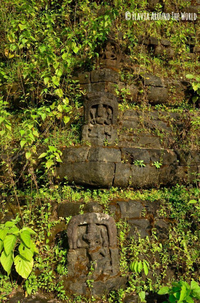 Detalle del templo Mahabodi Shwegu, Mrauk U, Myanmar