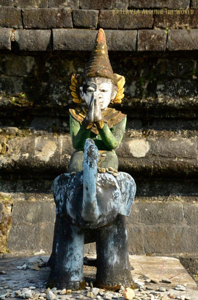 Escultura del templo de Ratanamanaug, Mrauk U, Myanmar