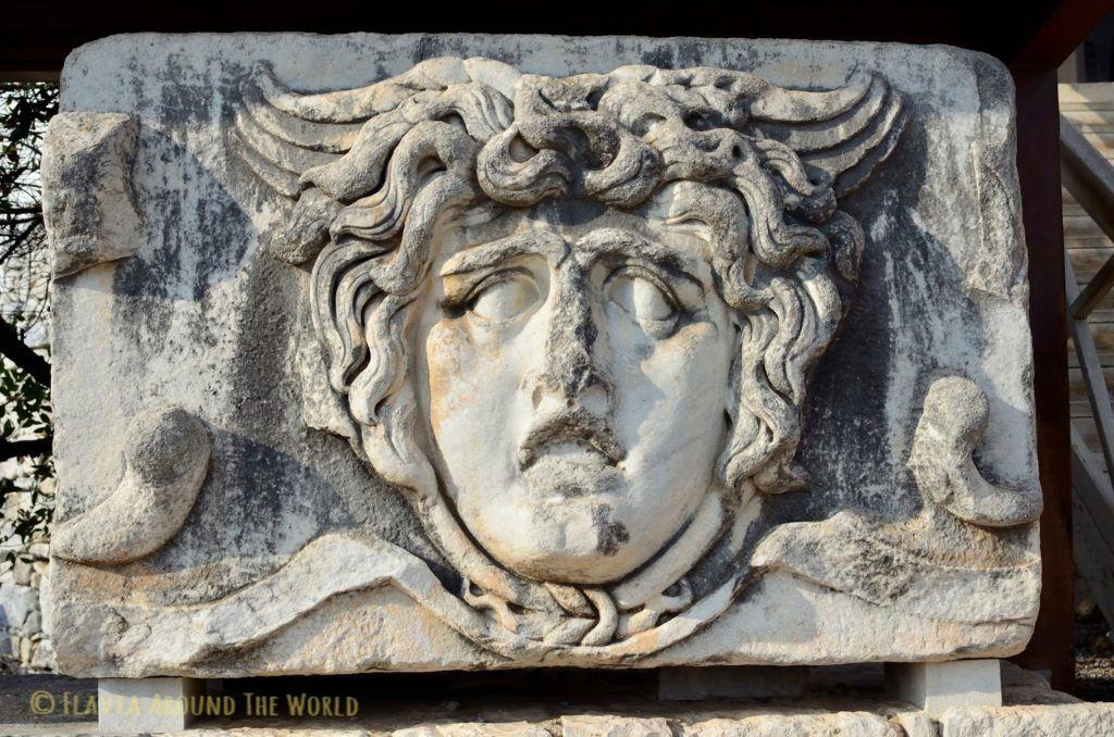 Medusa, templo de Apolo, Turquía