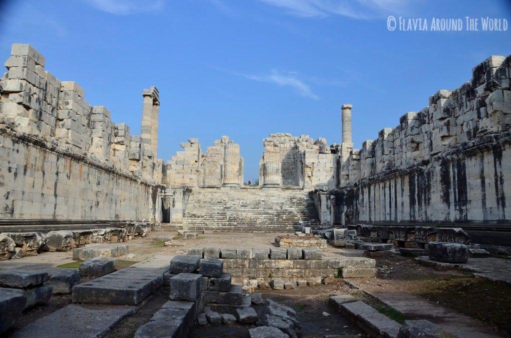 Patio del templo de Apolo, Turquía