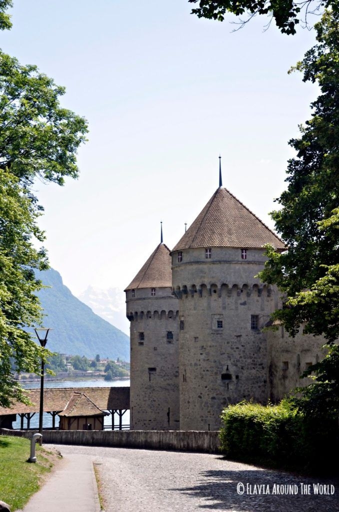 Vista exterior del castillo de Chillon, Suiza
