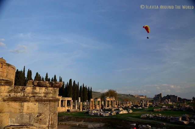 Vistasde Hierápolis desde el cementerio