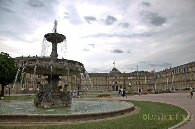 Schlossplatz y el palacio nuevo, el corazón de Stuttgart