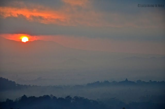 Vista del amanecer en Borobudur