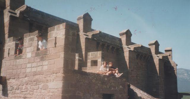 Con mi querida hermana en el castillo de Javier