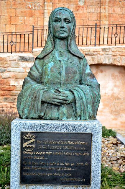 Escultura en homenaje a Juana la Loca