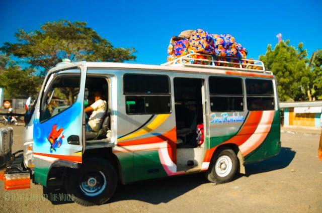 Autobús típico de Flores
