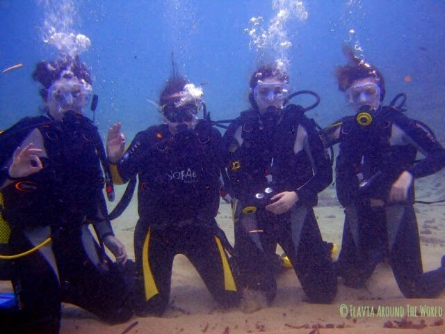 Mi bautismo en Lloret de Mar con mi hermana y dos amigas