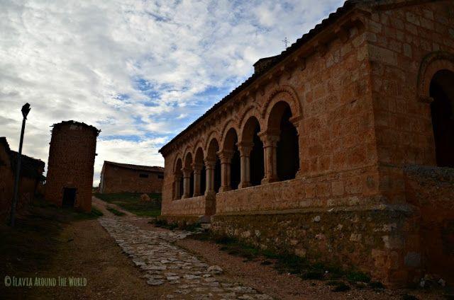 Iglesia románica de San Martín Rejas de San Esteban Soria