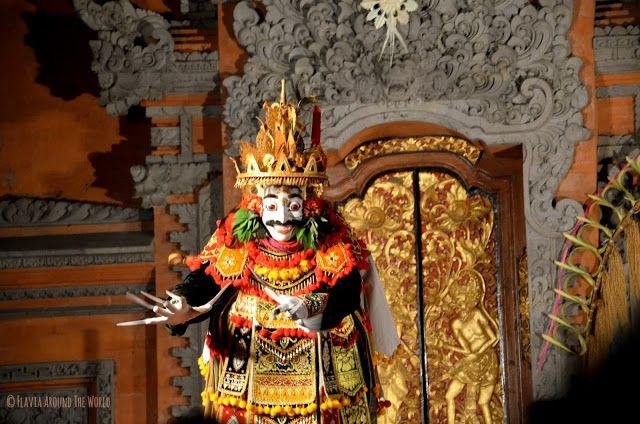 Bailarín danza Bali Ubud