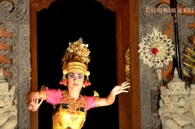 Bailarina danza Bali Ubud