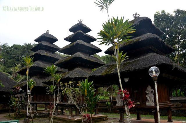 templo luhur batukaru bali