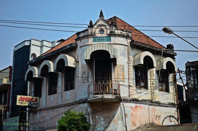 edificio colonial surabaya