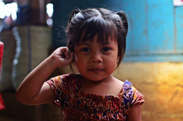 niña mercado chino surabaya