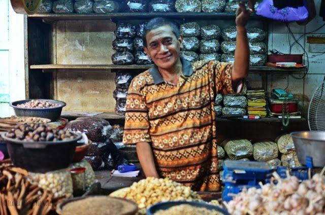 vendedor mercado chino surabaya